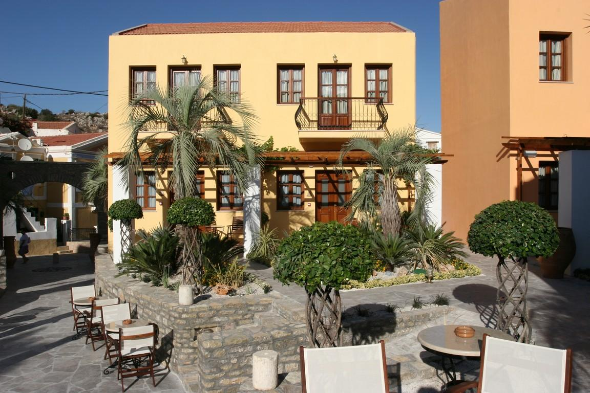 IAPETOS VILLAGE HOTEL